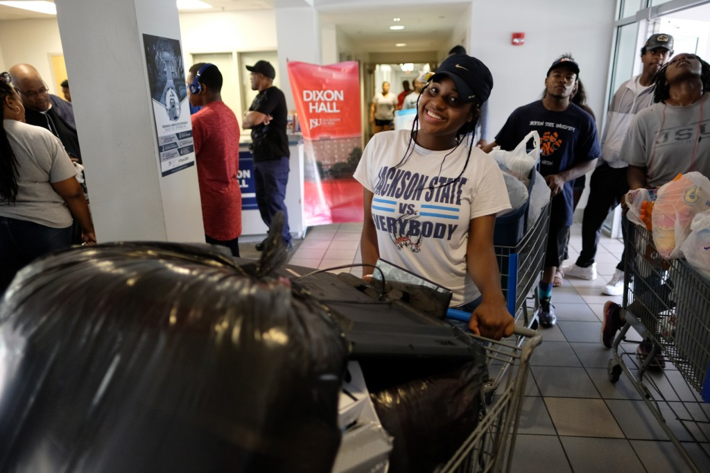 Freshmen and transfer students moved into their new homes on the JSU campus. (Photo by Charles A. Smith/JSU)