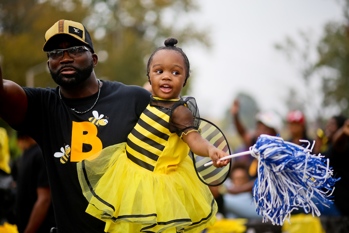 Dressed like a bumblebee, a little fan is abuzz with excitement over JSU.