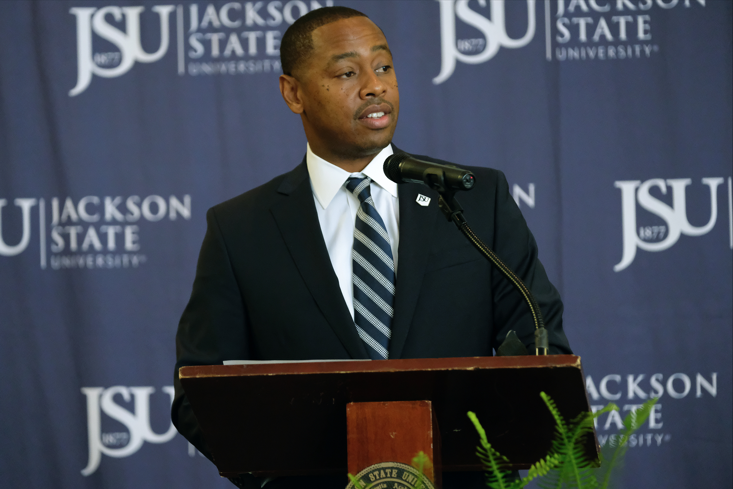 "Ashley Robinson officially will become JSU's newest vice president and athletic director on July 1. He said, ""Under my leadership, the Tigers will represent this institution, community and state in the spirit of excellence by restoring the pride of our students to be competitive."" (Photo by Charles A. Smith/JSU)"