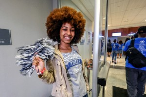A JSU alum helps to greet the 200 Dallas high school students as they enter the College of Business to learn more about the HBCU. (Photo by Charles A. Smith/JSU)