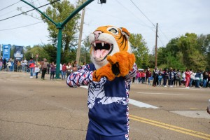 "It's a ""grrreat"" day for JSU's ferocious mascot. (Photo by Charles A. Smith)"