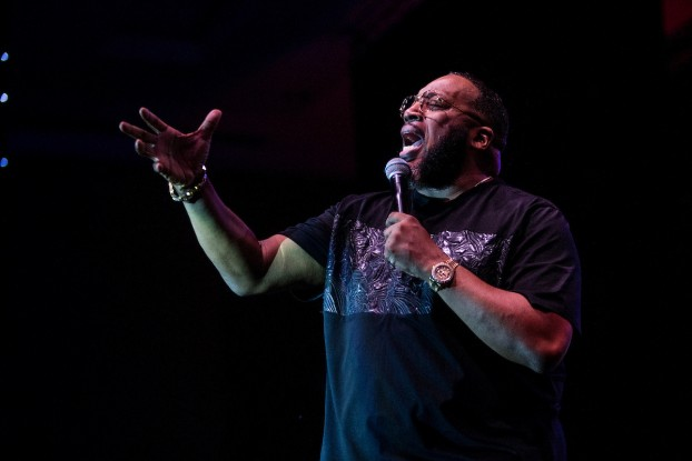 Sapp gives a stirring, soul-wrenching performance that captivated the audience.  (Photo by Charles A. Smith/JSU)