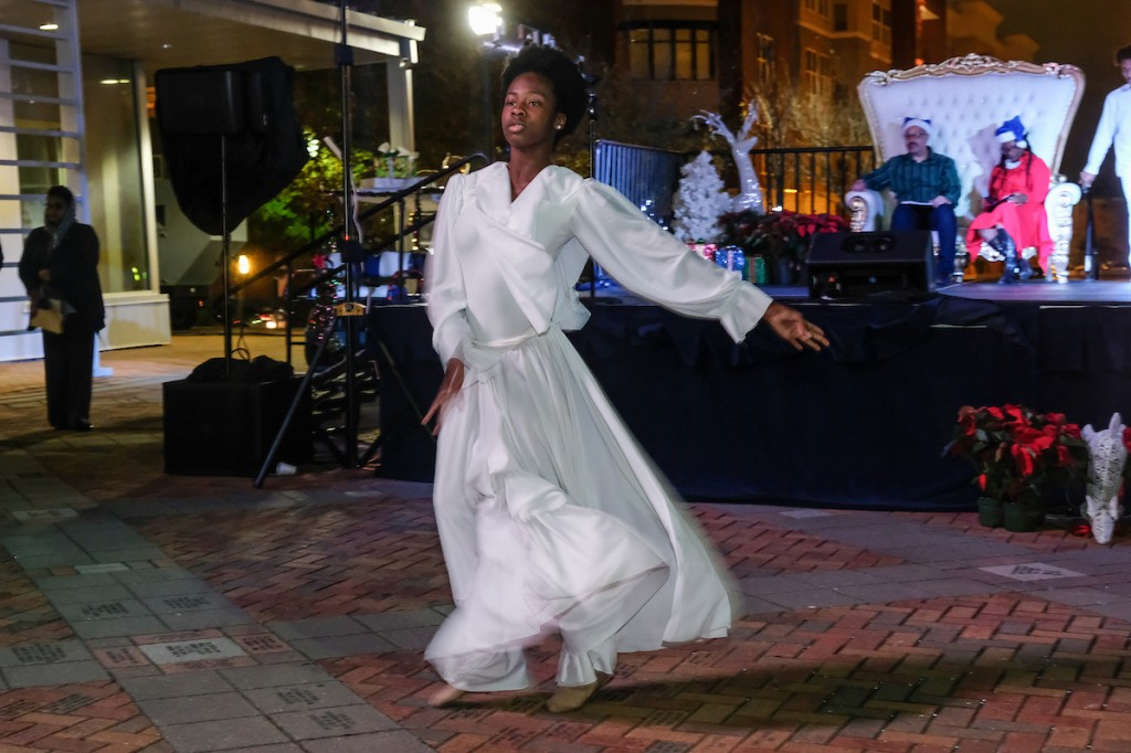 The JSU Dance Ensemble presented a graceful, yet electrifying performance. (Photo by Charles A. Smith/JSU)