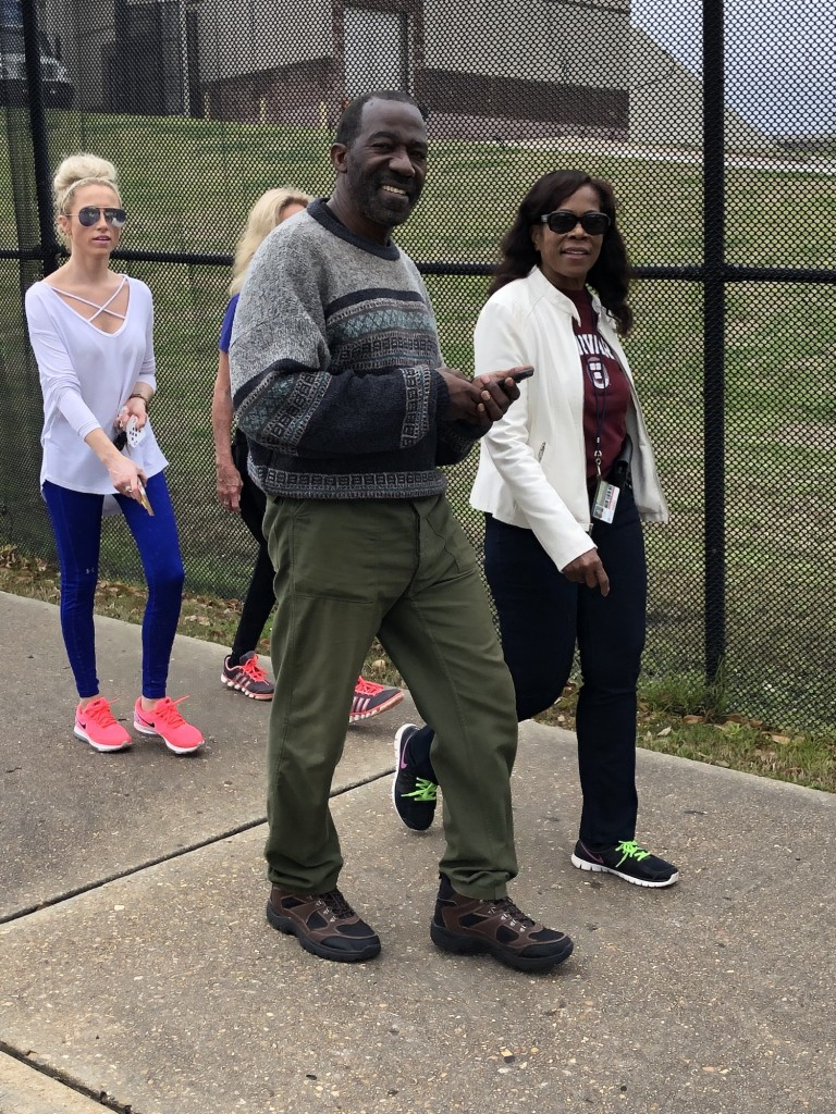 SPH colleagues join other participants strolling around the Mississippi Veterans Memorial Stadium. (Photo by L.A. Warren/JSU)