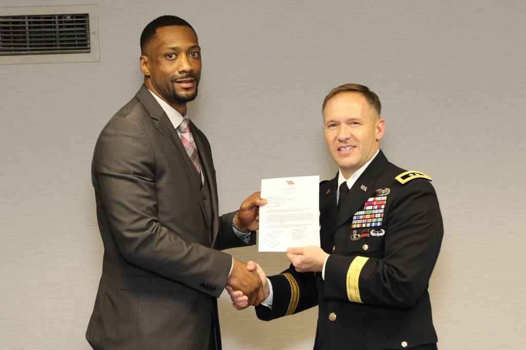 Among his honors, Thomas has received the ERDC Program Development Achievement Award, and he is also the winner of the Commander's Award for Civilian Service and the ERDC Award for Outstanding Team Effort.