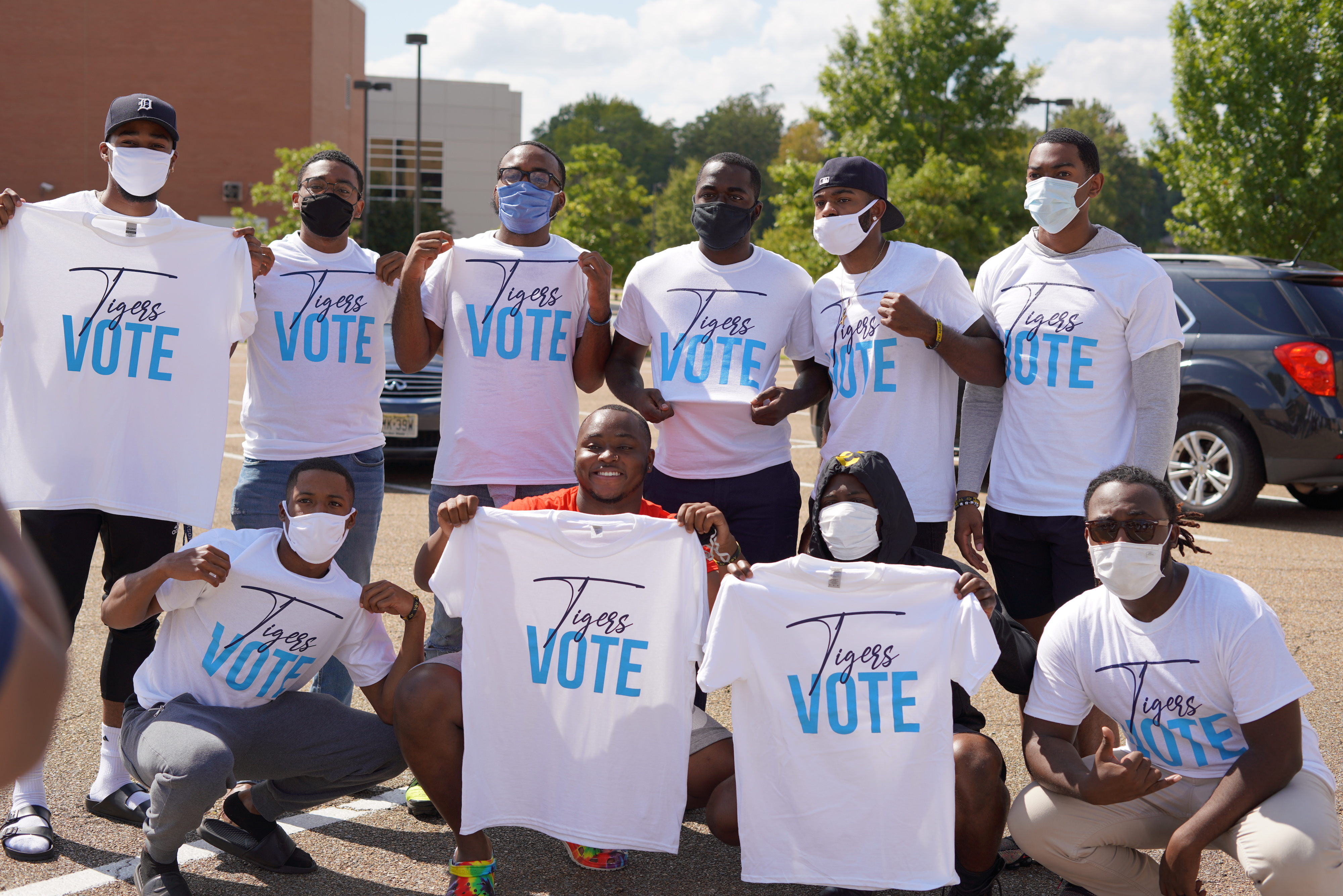 Individuals registering to vote were provided T-shirts. (Photo courtesy of Division of Student Affairs)
