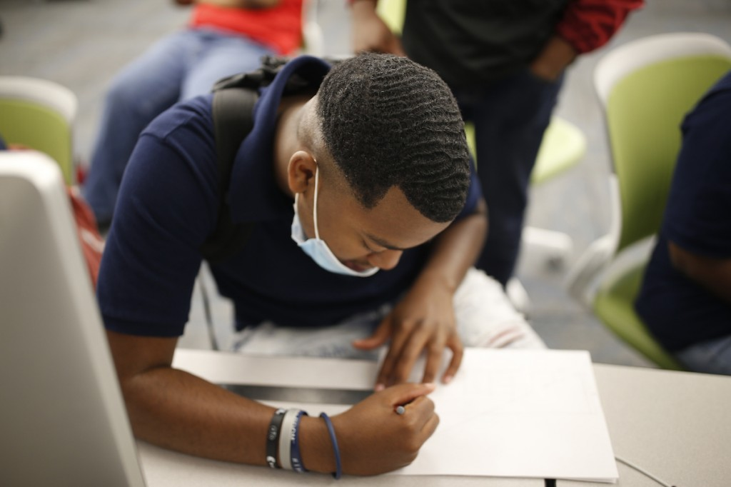 Hilliard Lackey V, 18, participated in the summer STEM program. He credited JSU for introducing him to various STEM subjects and peers from throughout the state. He was able to indulge in virtual reality and 3D design. (Photo by William H. Kelly III/JSU)