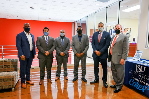 A team from JPMorgan and members of the Jackson branch of Chase bank met with Hudson and others from JSU.  They discussed preliminary ideas for establishing a mutually beneficial relationship that would help students and the university excel. (Photo by Charles A. Smith/JSU)